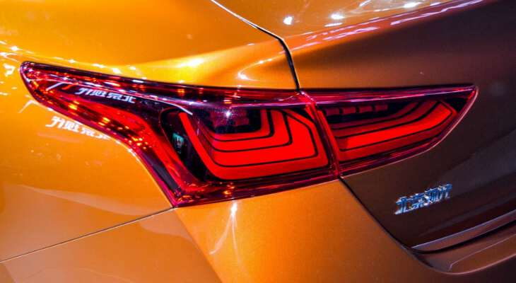 обновленная задняя фара Hyundai Solaris