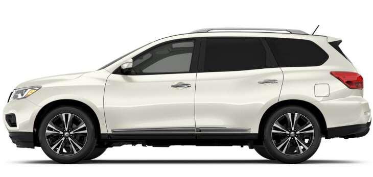 боковой вид Nissan Pathfinder 2017