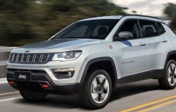Jeep Compass 2017 – уже второй глобальный рестайлинг компактного кроссовера